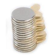 Magnet neodymový, kulatý 15 mm, výška 2 mm, samolepící